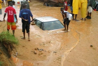 Flooding in Angola's capital of Luanda, 2007