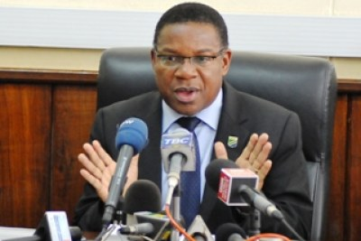 Minister for Foreign Affairs and International Cooperation Mr. Bernard Membe has called on Malawi to cease oil exploration in the disputed lake (file photo).
