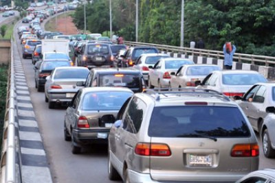 Cars queuing for fuel in Abuja.