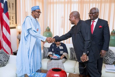 Buhari hosts West African leaders.