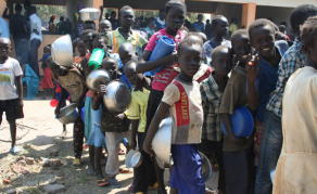 Ten Arrested in Uganda for Stealing Refugees' Food