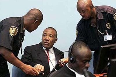 Charles Taylor à la cour de l'ONU à Freetown.