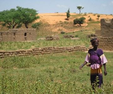 Shifting Sands Threaten Mali's Remote Communities