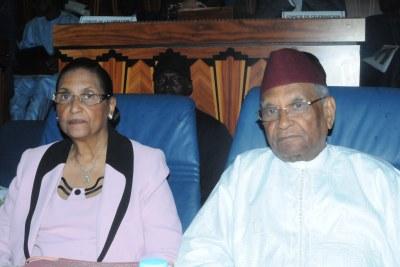 Monsieur et Madame Mbow lors de la conférence inaugurale de la célébration des 90 dix ans de ce dernier au Méridien Président à Dakar