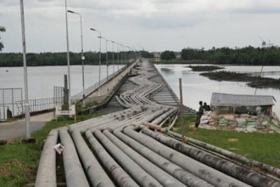 Des conduits d'hydrocarbures en Afrique de l'Ouest