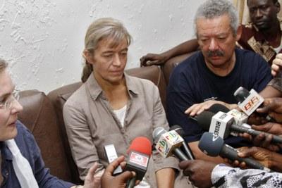 L'otage suisse, Béatrice STOCKLY, enlevée le 15 avril 2012 à Tombouctou, dans le nord du Mali, a été libérée ce mardi 24 avril et remise aux autorités burkinabè, qui l'ont transférée ce jour même à Ouagadougou.