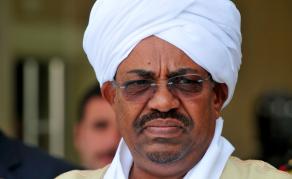 Omar el-Béchir ordonne la libération des prisonniers politiques au Soudan