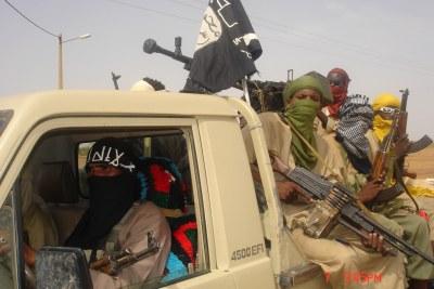 Soldats du groupe islamiste MUJAO.