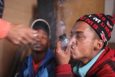 La drogue en Afrique.