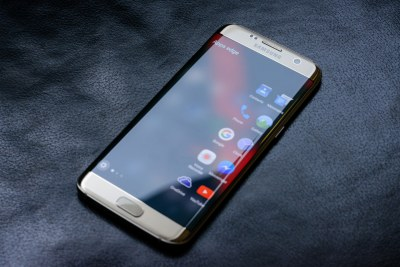 Samsung Galaxy S7 Edge smartphone.