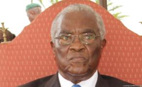 Victoire d'Evaristo Carvalho à São Tomé-et-Príncipe