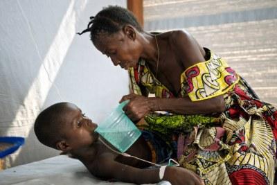 Un patient atteint par le choléra peut perdre jusqu'à 25 litres par jour.