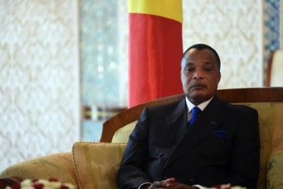 Le président congolais Denis Sassou-Nguesso lors de son arrivée à Alger, le 27 mars 2017.