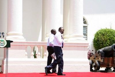 President Uhuru Kenyatta (right) with his Deputy William Ruto.