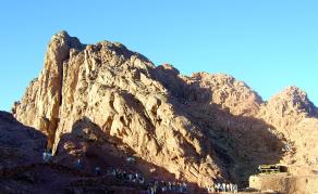 Affrontements meurtriers dans le nord et le centre du Sinaï en Egypte