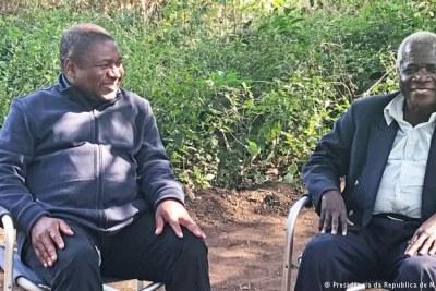 President Filipe Nyusi and the late opposition leader Afonso Dhlakama (file photo).