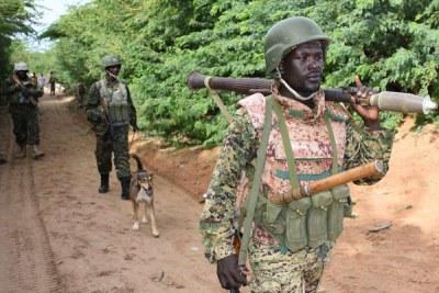 Soldats de l'Amisom en patrouille à Ceeljaale, en Somalie, le 11 mai, 2018.