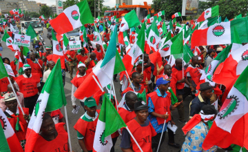 Nigerian Labour Unions Threaten to Strike Over Minimum Wage