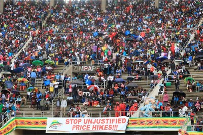 Thousands of Zimbabweans have made way into National Sports Stadium for the country's 39th Independence Celebrations.