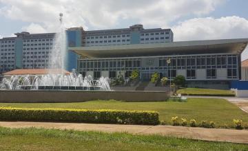 Le projet d'agrandissement du Parlement fait polémique au Ghana