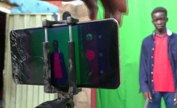 Meet Nigerian Teens Who Make Sci-Fi Films With Their Smartphones