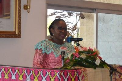 Jacqueline Lydia Mikolo, ministre de la Santé, de la population, de la promotion de la femme et de l'intégration de la femme au développement lors du lancement de la deuxième édition de la campagne « Octobre rose » à Brazzaville