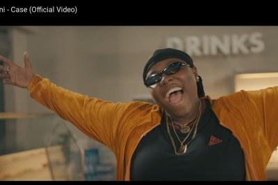 Teni in her music video Case.
