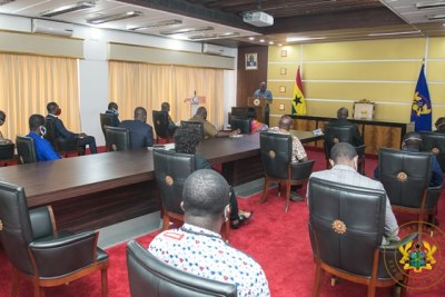 President Nana Akufo-Addo addresses the Executive Committee of the Ghana Medical Association at Jubilee House on April 20, 2020. He explained the rationale behind the lifting of the lockdown.