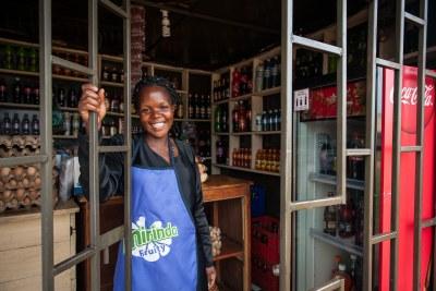 Maria fait partie des 68 000 jeunes qui ont vu leur revenu augmenter depuis leur participation au programme STRIDE en Afrique de l'Est.