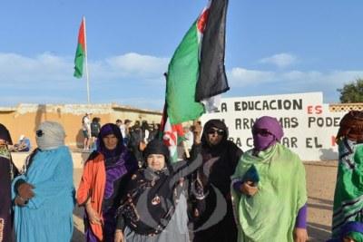 Femmes activistes algériennes.
