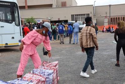 Plus de 200.000 Zimbabwéens sont rentrés chez eux l'année dernière en raison des retombées économiques de la Covid-19 dans les pays où ils travaillaient.