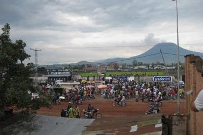 La ville de Goma avec le mont Nyiragongo en arrière-plan.