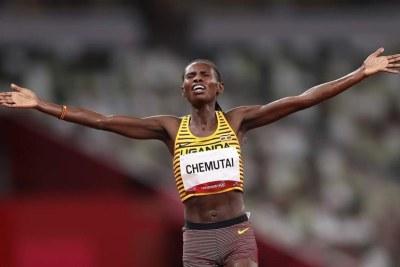L'Ougandaise Peruth Chemutai championne olympique du 3 000 mètres steeple, le 4 août, à Tokyo.