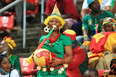 Les fans des Lions indomptables retiennent leur souffle à quelques heures du tirage